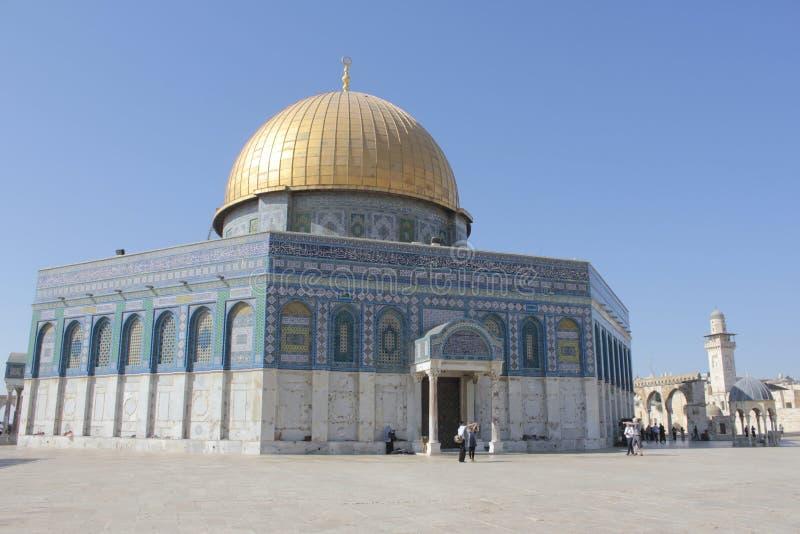 Kupolen av vaggar i tempelmonteringen i Jerusalem arkivbilder