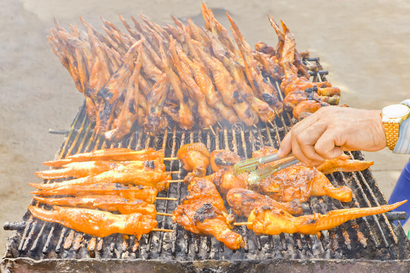 Kurczak łydki i kurczaków skrzydła, piec na grillu obraz stock