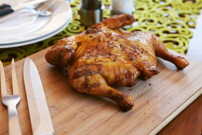 kurczak gotować cutlery pikantność całe fotografia stock