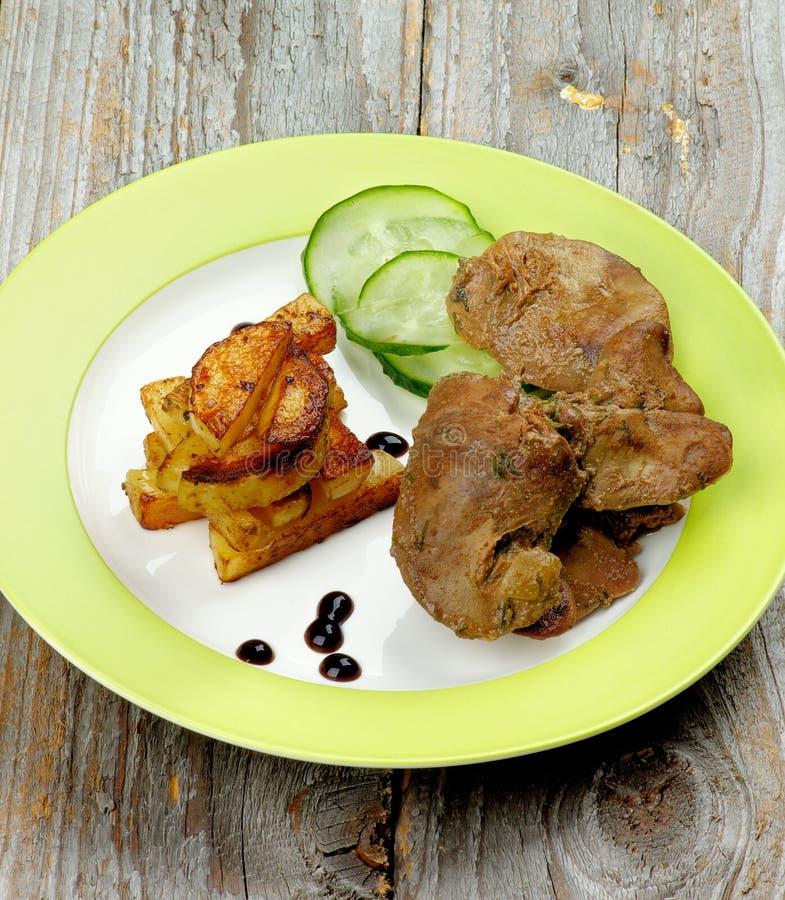 Download Kurczak wątróbka obraz stock. Obraz złożonej z mięso - 57651251