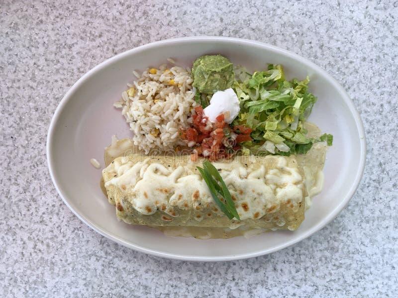 Kurczaka Burrito z Zielonym Enchilada kumberlandem obrazy royalty free