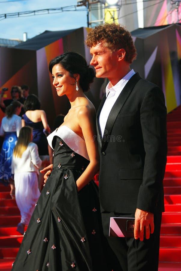 Kurkova e Bachurin no festival de cinema de Moscou fotografia de stock royalty free