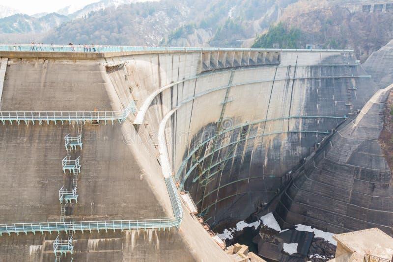 Kurobedam bij de Alpiene Route van Tateyama Kurobe stock foto's