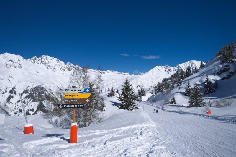 kurort wysokogórska ski obrazy stock