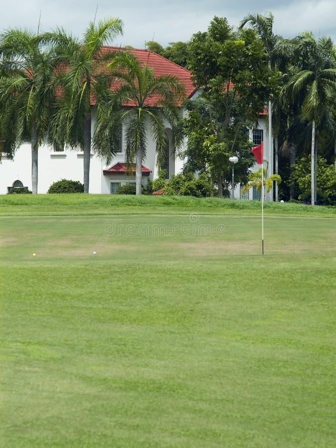 kurs golfowa luksusowe willa obraz royalty free