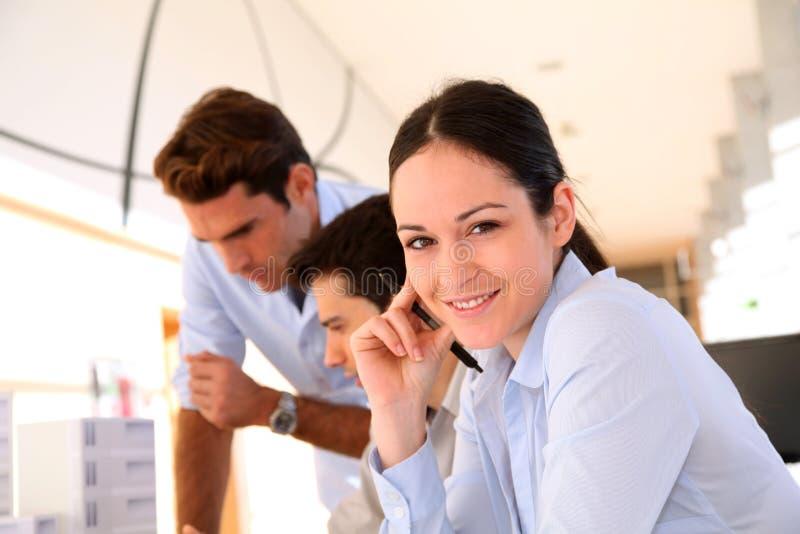 Kursteilnehmer im Geschäftstraining lizenzfreies stockfoto