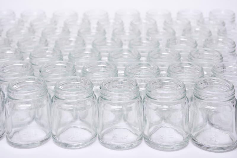 Kurze Glasflasche keine Kappe stockbild
