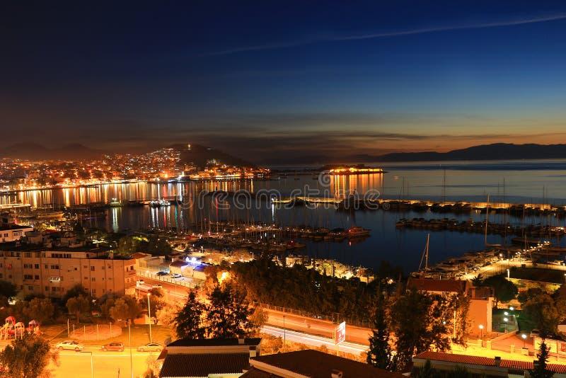 Kusadasi在晚上,土耳其 图库摄影