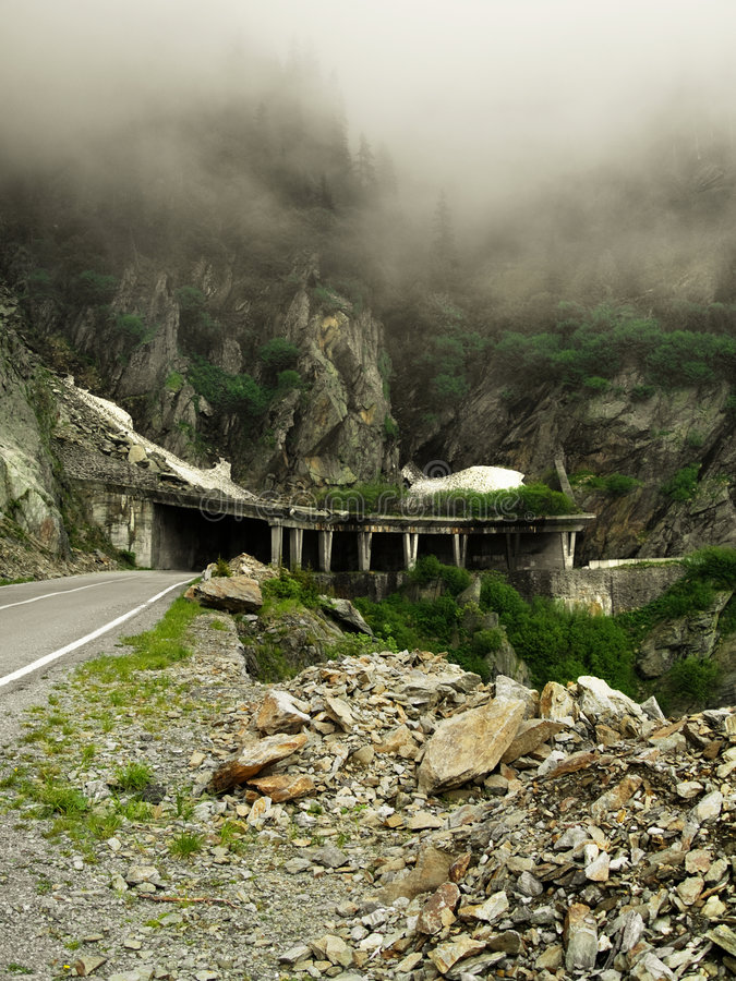Kusliga berg fotografering för bildbyråer