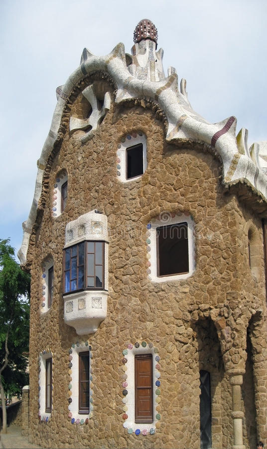 kusligt barcelona hus royaltyfri bild
