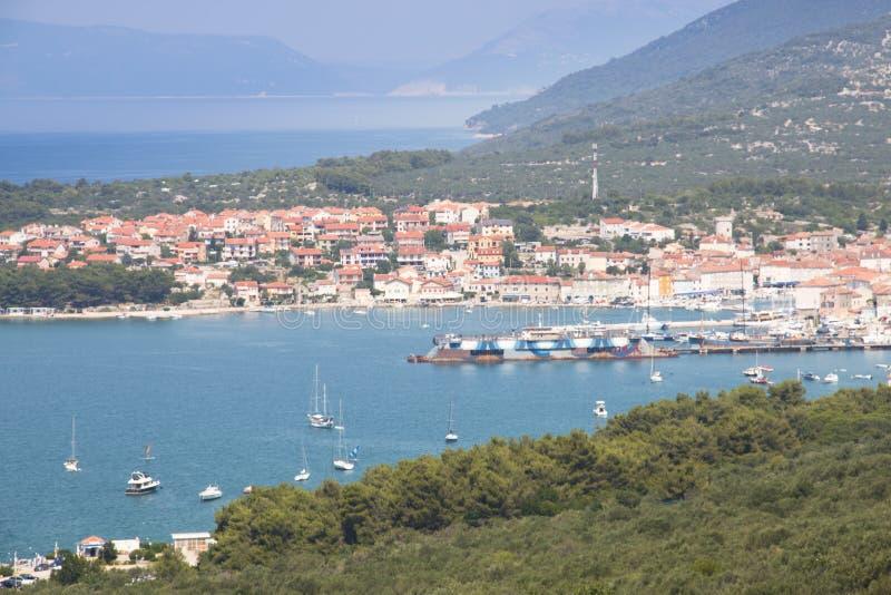 Kust av den Cres ön, Kroatien royaltyfri bild