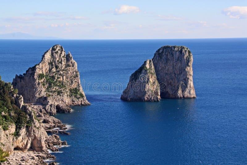 kust för ö för fartygcaprifiske royaltyfri foto