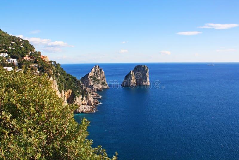 kust för ö för fartygcaprifiske royaltyfria foton