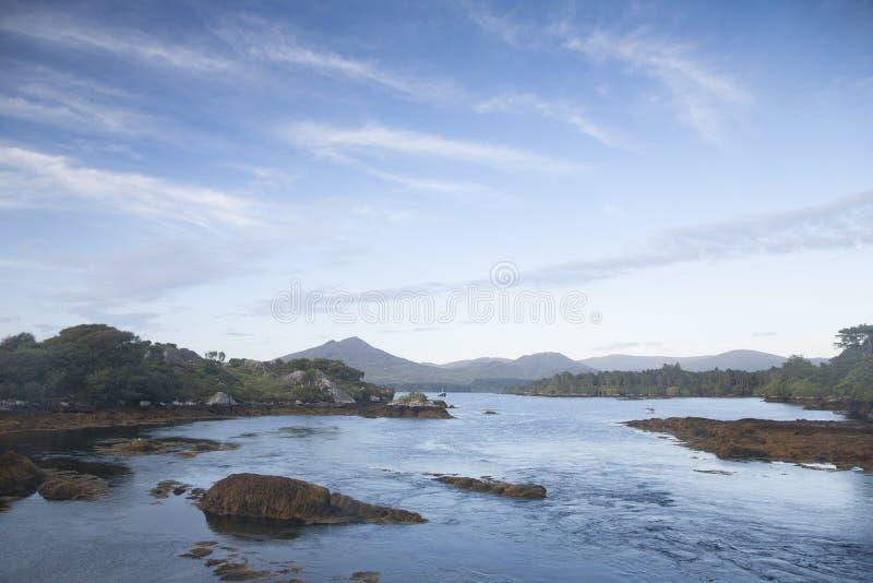 Kust nära Ardgroom, Beara halvö; Kork fotografering för bildbyråer