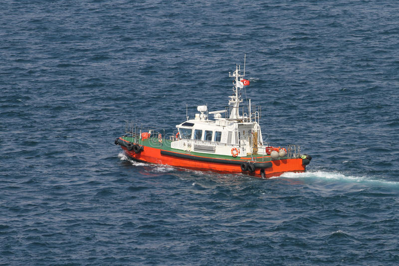 Kust- säkerhetsfartyg arkivbilder