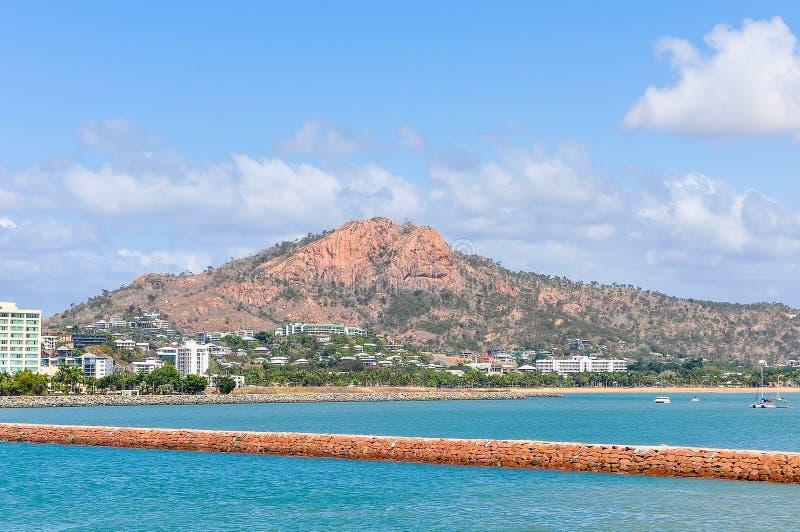 Kust- sikt av Townsville, Australien royaltyfri bild
