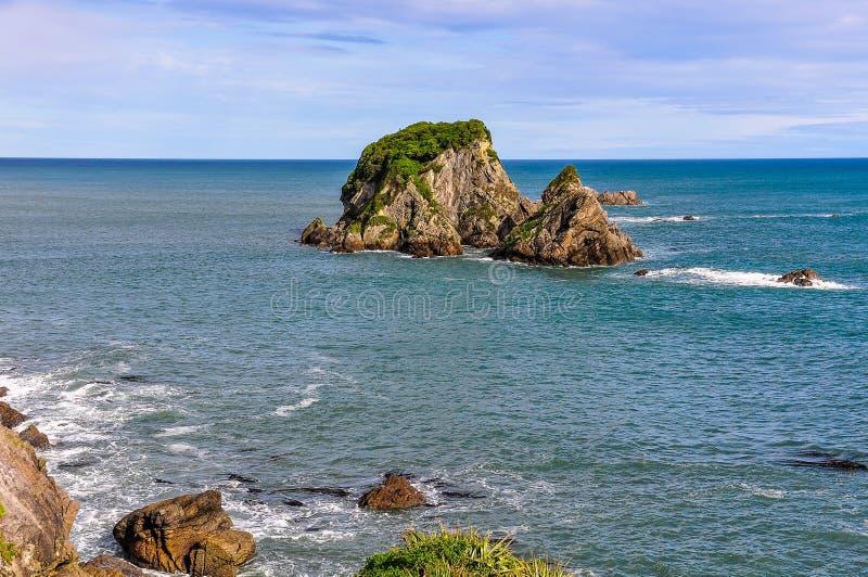 Kust- sikt i udde Foulwind, Nya Zeeland fotografering för bildbyråer