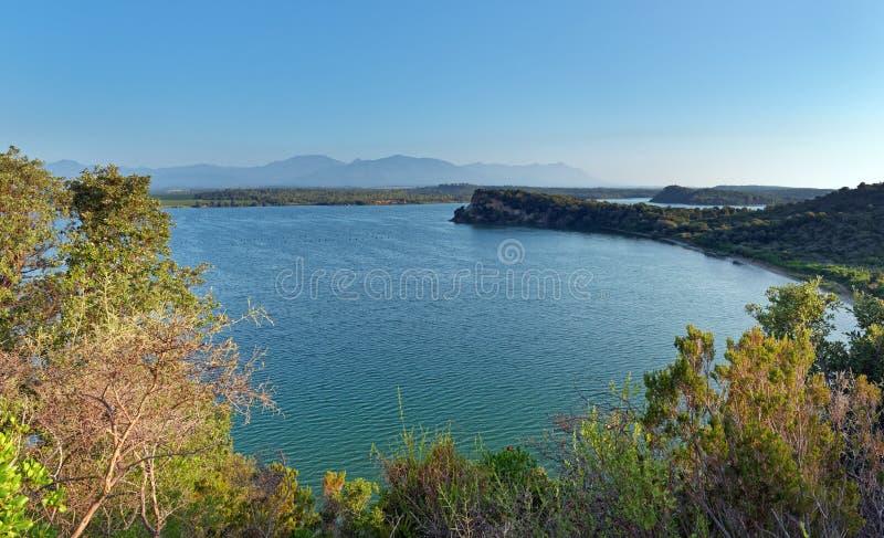 Kust- sjö i Korsika arkivbild