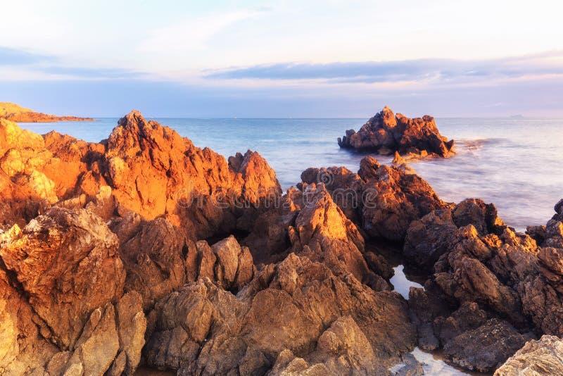 kust- sorrento för equenseliggandemeta vico arkivfoton
