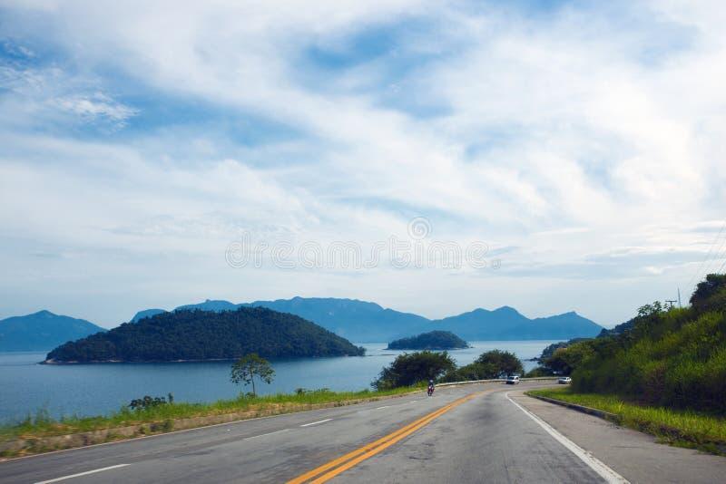 Kust- väg på Brasilien arkivfoton
