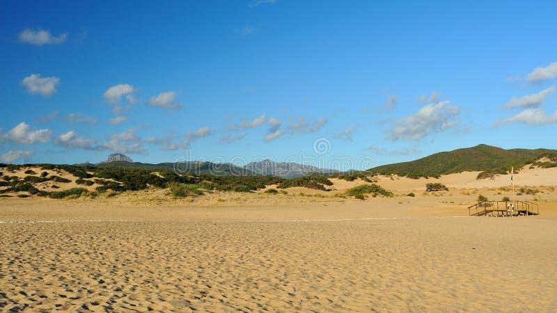 Kusten av Sardinia, Italien - Piscinas strand arkivbild