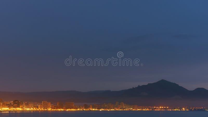 Kustlijn van een Sant Joan bij zonsopgang stock foto