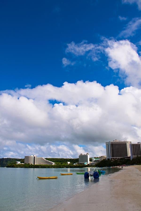 Kustlijnen van Tumon, Guam Pristine, heldere wateren van de Tumon Bay royalty-vrije stock afbeelding