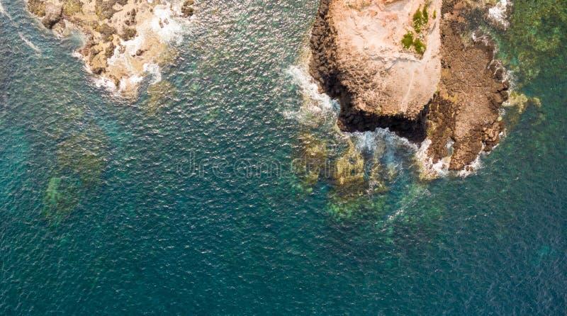 Kustlinje av den Mornington halvön, Australien Udde Schanck vaggar arkivbilder