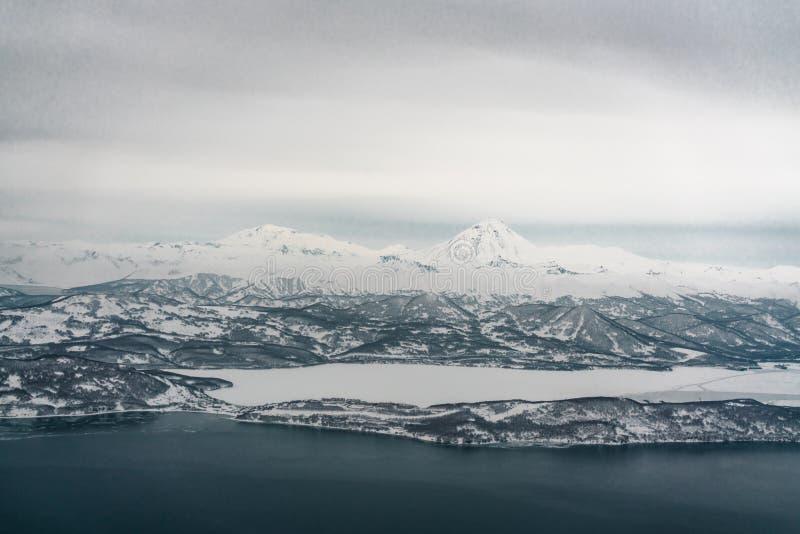 Kustlinje av Stilla havet Kamchatka halvö royaltyfri foto