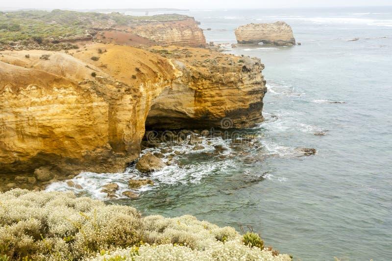 Kustlinje nära den stora havvägen Victoria Australien royaltyfri foto
