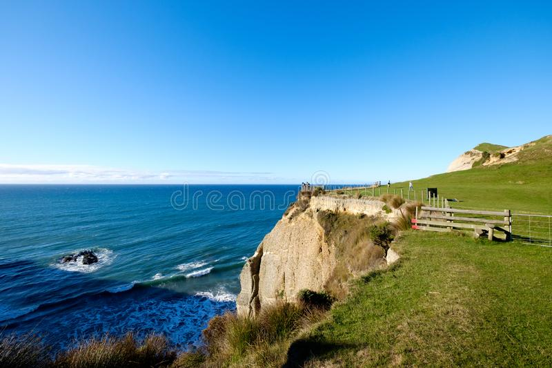 Kustlinje på uddeavskedet i Nya Zeeland royaltyfri fotografi