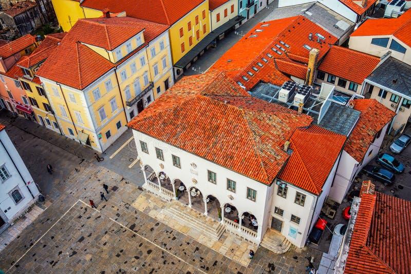 Kuststad Koper i Slovenien royaltyfri fotografi