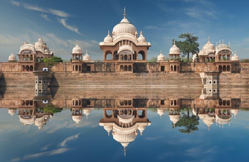 Kusum Sarovar στο Ματούρα Ούτα Πράτες, Ινδία στοκ εικόνες