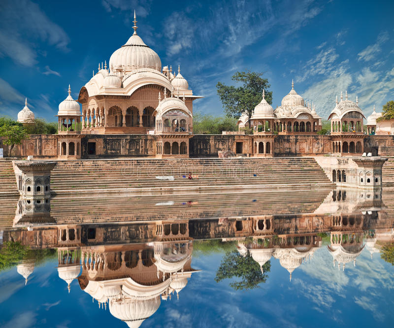 Kusum Sarovar στο Ματούρα Ούτα Πράτες, Ινδία στοκ εικόνα