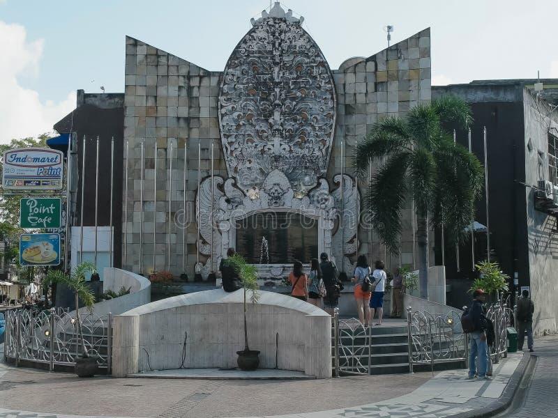 KUTA INDONEZJA, CZERWIEC, -, 17, 2017: ranku szeroki widok Bali bombardowania pomnik przy kuta, Bali zdjęcia stock