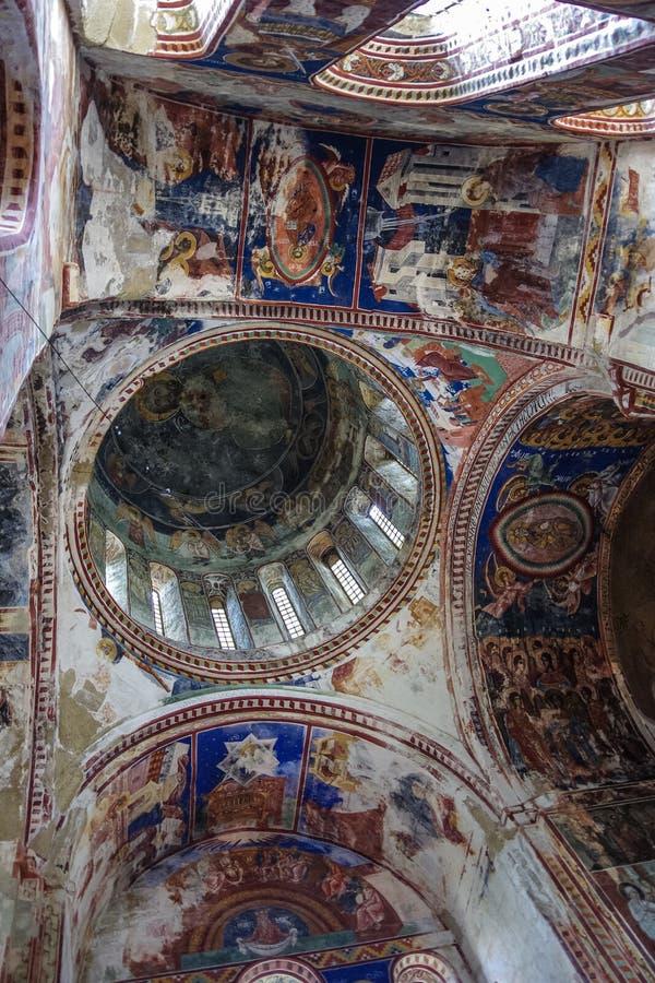 Kutaisi Gruzja, Sierpień, - 25,2015: Wnętrze i frescoes w Gela zdjęcia stock