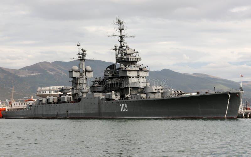 ` Kutuzov ` крейсера в порте Novorossiysk стоковые фото
