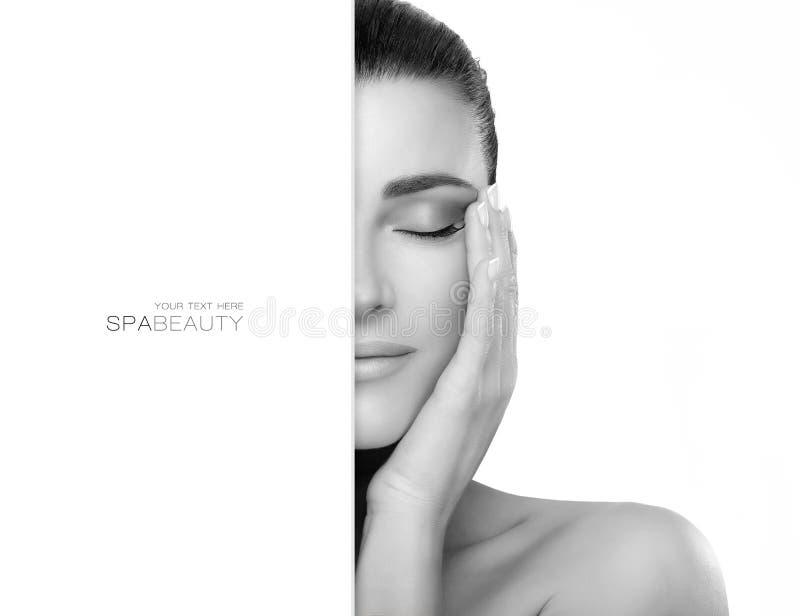 Kuuroord en Skincare-Concept Natuurlijk Jong Vrouwengezicht royalty-vrije stock fotografie