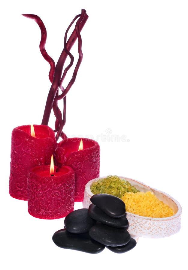 Kuuroordreeks, aromatherapy kaarsen die, stenen aan de massage, s verwarmen royalty-vrije stock afbeelding