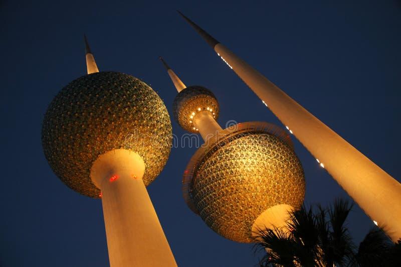 Kuwait-Kontrolltürme stockbilder