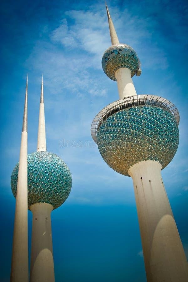 Kuwait-Kontrolltürme lizenzfreies stockfoto