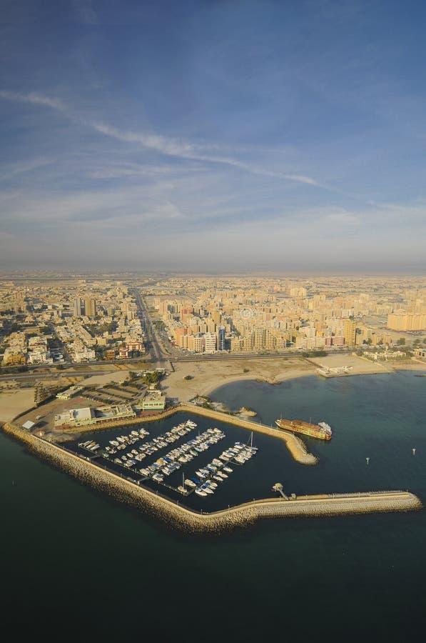 kuwait sky arkivfoton