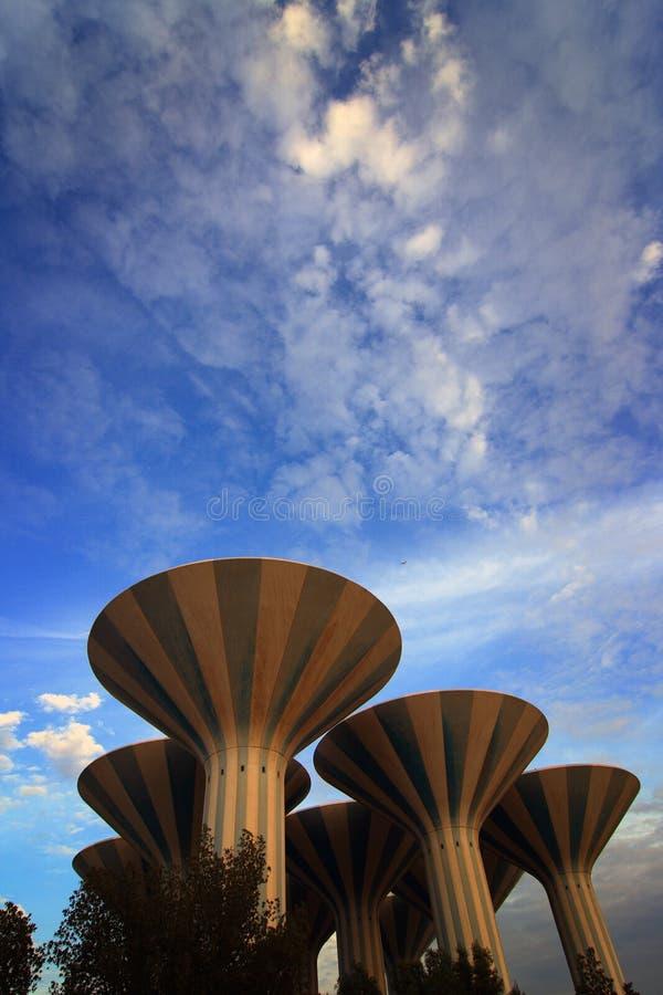 kuwait towers vatten arkivbild