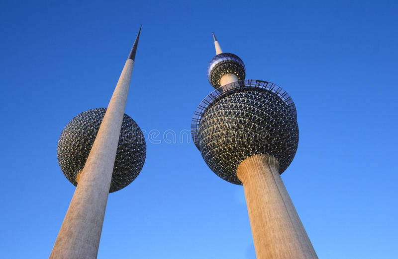 Kuwait-Wassertürme lizenzfreie stockbilder