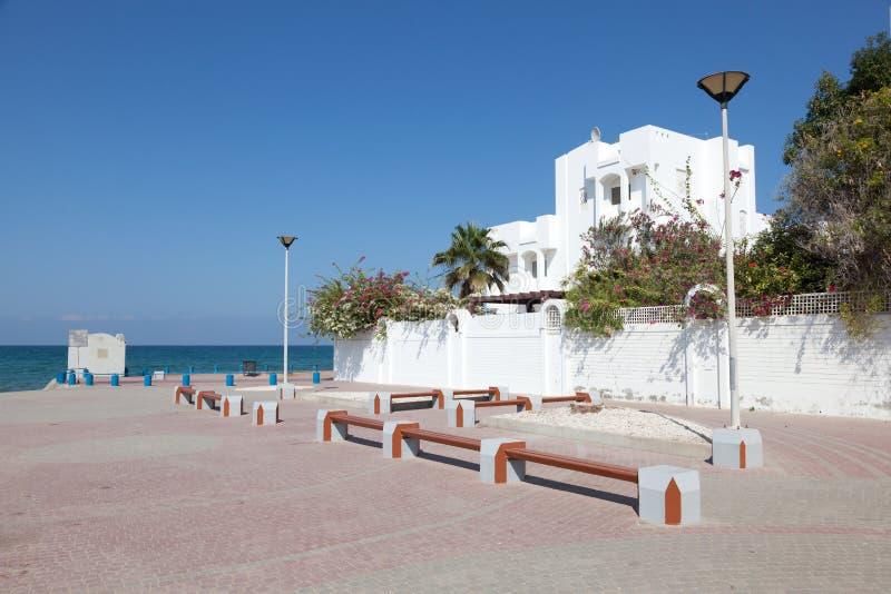 Kvadrera på stranden i Muscat, Oman royaltyfria bilder