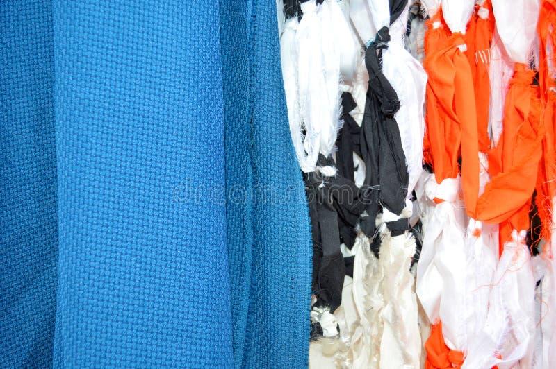 Kvarleva av kläder arkivfoton