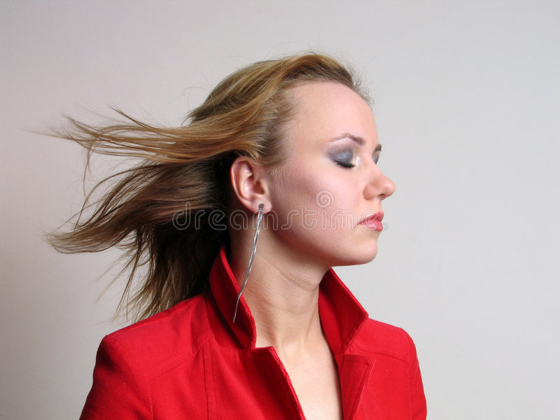 Download Kvinna fotografering för bildbyråer. Bild av ögonkast, wind - 501327