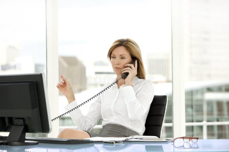 Kvinna för affärsledare arkivbild