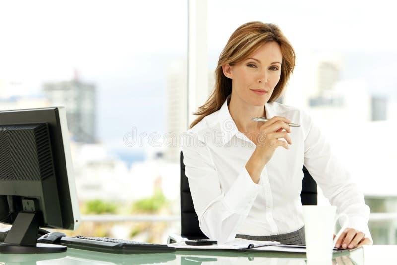 Kvinna för affärsledare arkivfoto