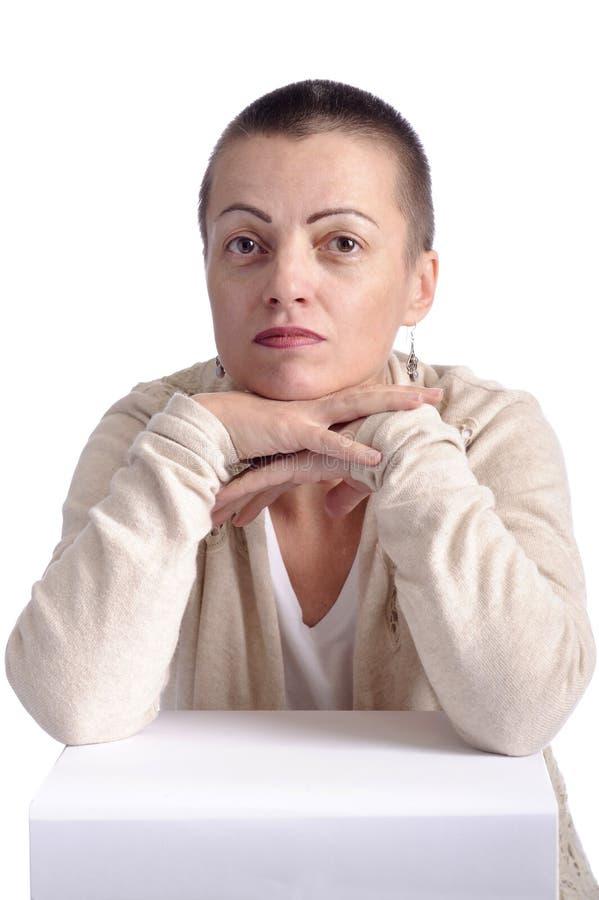 kvinna för hårståendekortslutning royaltyfria foton